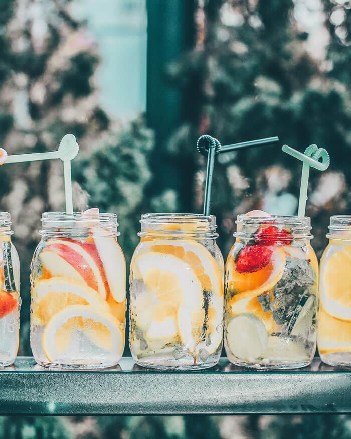 The Best Benefits of Detox Water for Weight Loss! #avenlylanefitness #detoxing #detox #detoxwater #fruit #wellness